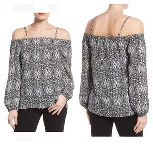 Pleione Black/White Off The Shoulder Print Blouse